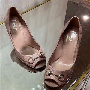 Used Gucci heels